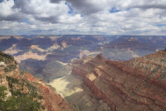 Грандиозный каньон от южной оправы Стоковые Изображения