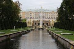 Грандиозный каскад, грандиозный дворец Peterhof Стоковые Фото
