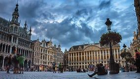 Грандиозный квадрат места на заходе солнца Timelapse Бельгия brussels сток-видео