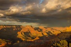Гранд-каньон на заходе солнца Стоковые Фотографии RF