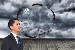 График на стене с бурным небом Стоковая Фотография