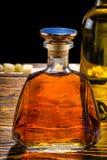 Графинчик вискиа и бутылка вина Стоковые Фотографии RF