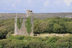 Графство Клара Ирландия 2 замка Ballinalacken Стоковая Фотография