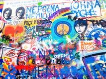 Граффити стены Джон Леннон в Праге, чехии Стоковое Изображение RF