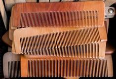 Гребень волос сделанный из древесины Стоковая Фотография RF