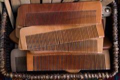 Гребень волос сделанный из древесины Стоковая Фотография