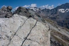 Гребень горы в южных Альпах Стоковое фото RF