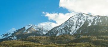 Гребень горы панорамного вида в Сочи, России стоковые фотографии rf