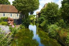 Гребля на реке Stour, Кентербери, Великобритании Стоковые Изображения RF