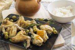 Грек цыпленка с кипеть шаром риса горизонтальным стоковые изображения rf