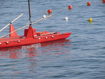 Грести катамаран спасения на море ждать аварийную ситуацию Италия Тоскана Стоковые Фотографии RF