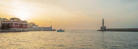 Греция, Крит, свет захода солнца ландшафта Chania стоковая фотография rf