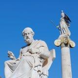 Греция, Платон статуи философ и богиня Афины старые Стоковые Изображения