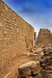 Греция, Родос, Lindos Acropolis.Wall города стоковые фотографии rf