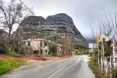 Греция Meteora Монастырь на утесе Дорога Стоковые Фото