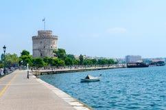 Греция, Thessaloniki, белая башня на портовом районе Стоковая Фотография