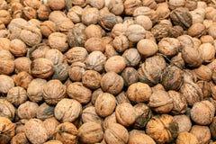 грецкие орехи в корзинах Стоковые Изображения RF