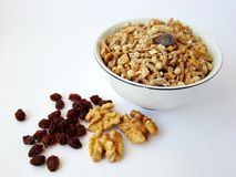 грецкие орехи изюминки хлопьев Стоковая Фотография