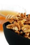 грецкие орехи меда детали Стоковые Фото