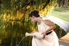 Греческая девушка около озера Стоковые Фото