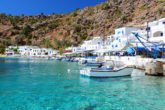 Греческая деревня береговой линии Loutro, Крита Стоковое фото RF