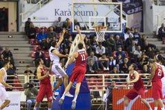 Греческая игра Paok лиги корзины против Olympiakos Стоковое Изображение RF