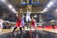 Греческая игра Paok лиги корзины против Olympiakos Стоковые Фото
