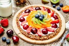 Греческая пицца завтрака плодоовощ granola югурта Стоковое Изображение RF