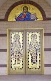 Греческие правоверные свод & святой иконы на дверях Стоковые Изображения RF