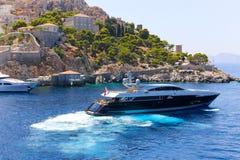 Греческая рыбацкая лодка стоковое изображение