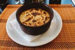 Греческая традиционная еда Moussaka стоковые изображения