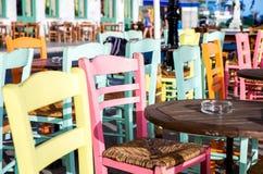 Греческие рестораны острова стоковая фотография rf