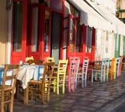 Греческие рестораны острова стоковое изображение
