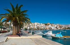 Греческие рыбацкие лодки в Sitia. Стоковые Изображения RF