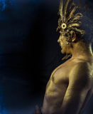 Греческий бог олимпийца, божество, концепция, человек с золотой маской Стоковое Фото