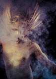 Греческий бог олимпийца, божество, концепция, человек с золотой маской Стоковая Фотография RF
