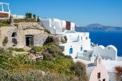 Греческий остров в Эгейском море, Santorini, в летнем дне, Греция Стоковая Фотография