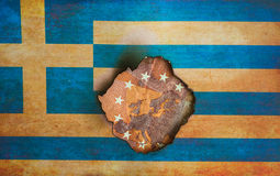 Греческий флаг над концепцией Европы стоковая фотография rf