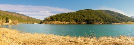 Греческое озеро Doxa в Греции Известное touristic назначение стоковое изображение rf