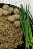 Гречиха с portio питания мустарда котлеты смешанным стоковое изображение
