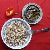 Гречиха, шпротины, перцы, завтрак, есть Стоковое Фото