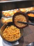 Гриб шиитаке в палочках с шаром жареных рисов стоковое изображение rf