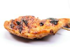Гриль цыпленка на белой предпосылке Стоковая Фотография RF