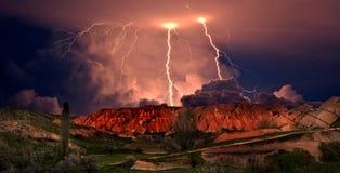 Гроза в Cappadocia индюк стоковые фото
