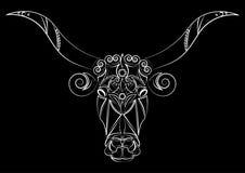 громоздкого Силуэт головы ` s быка Талисман, татуировка Корова с большими рожками Печать на одеждах, тканях вектор изображения ил иллюстрация штока