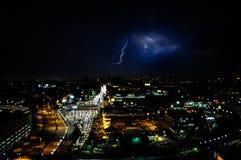 Гром и молния над движением стоковая фотография