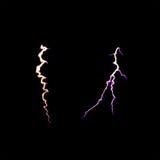 Гром молнии, электрическая разрядка на черной предпосылке сфокусируйте мягко Стоковые Изображения RF
