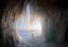 Гроты льда на береге Lake Baikal стоковая фотография