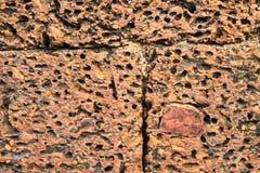 Грубые блоки камня laterite на руинах в Камбоджа стоковые фотографии rf