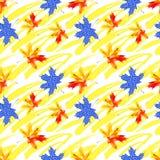 Грубые brushstrokes grunge и картина кленовых листов акварели безшовная иллюстрация вектора